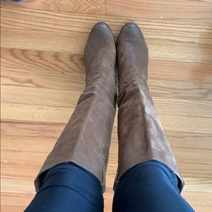 Frye wedge leather boot size 7